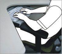 Korrekt position af arme på armlæn - ErgoHuman ergonomisk kontorstol